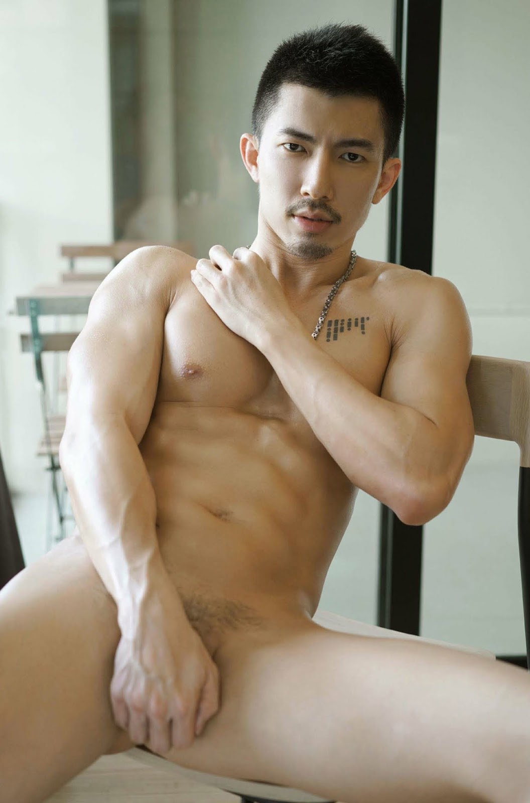 Hot nude chinese and japanese men