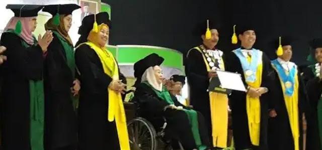 UIN Sunan Kalijaga Berikan Gelar Doctor Honoris Causa kepada Istri Gus Dur