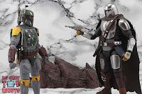 S.H. Figuarts The Mandalorian (Beskar Armor) 72