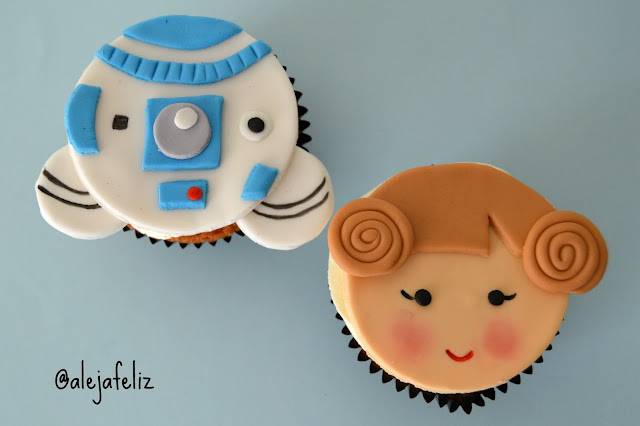 cupcakes-star-wars-mexico-df- frutos-rojos-r2d2
