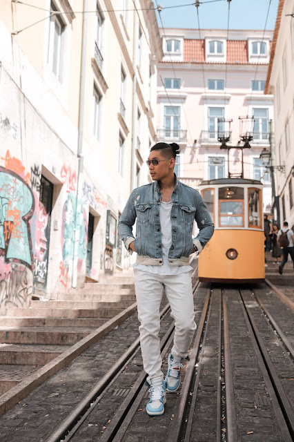 Leo Chan at Funicular da Bica Tram | Tips and Tricks
