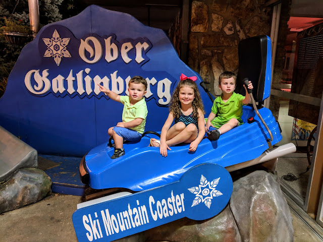 Gatlinburg, vacation, travel, family fun, free in Gatlinburg, Gatlinburg photo place, Gatlinburg attraction, Ober Gatlinburg