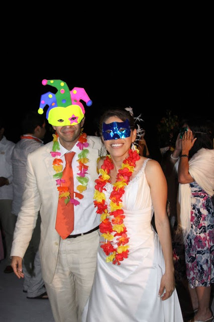 boda-en-playa-animación-beach-wedding-animation-Bodas-Huatulco-Weddings