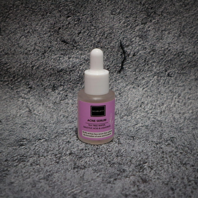 Scarlett Whitening Acne Serum Packaging