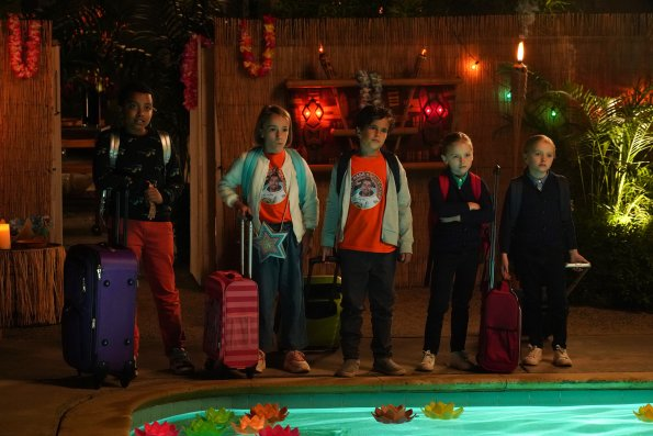 """152970 5376 595 - Single Parents (S02E01) Summer of Freedom"""" Season Premiere Preview"""