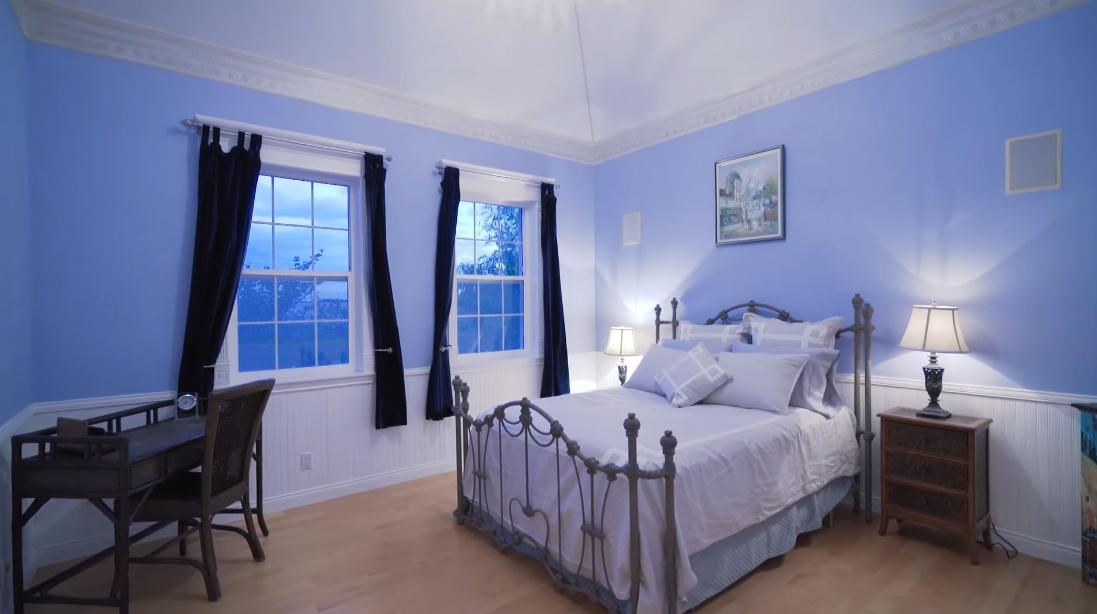 23 Interior Design Photos vs. 19085 40 Ave, Surrey, BC Luxury Home Tour