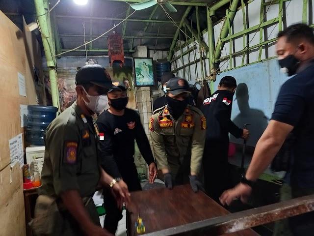 Satpol PP Bongkar Tempat Judi Togel di Semarang Tengah