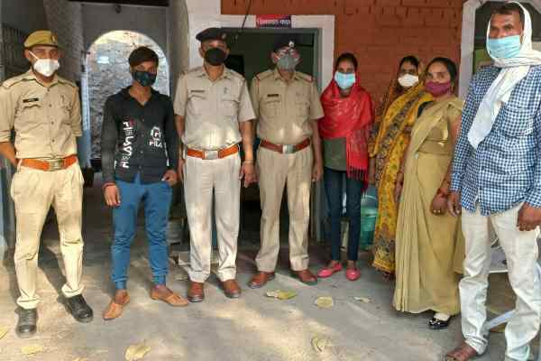 faridabad-ballabhgarh-bus-stand-police-chowki-news