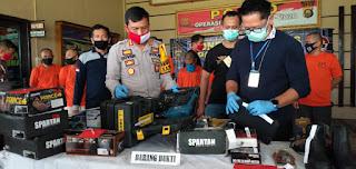 Polresta Jambi Gelar Press Release Pelaku Pencurian Toko Perkakas Krisbow Kota Jambi