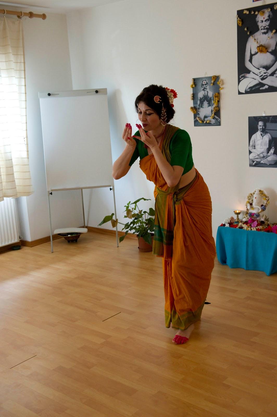 Danza Indiana bharata natyam perugia umbria