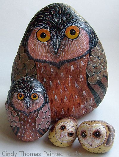 stones painting owl design