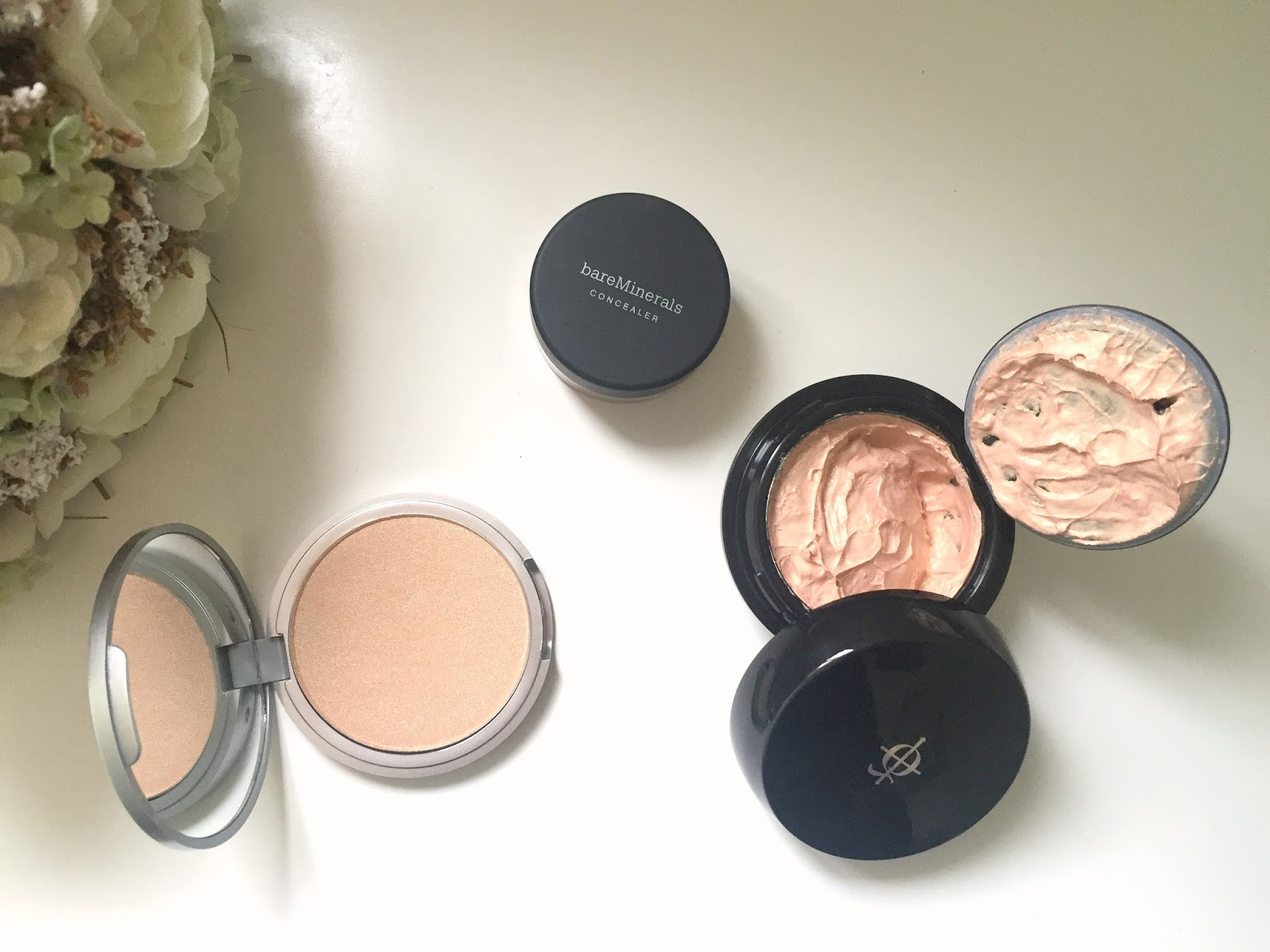Glow Getting Look Fantastic Haul || Illamasqua, The Balm and Bare Minerals with swatches
