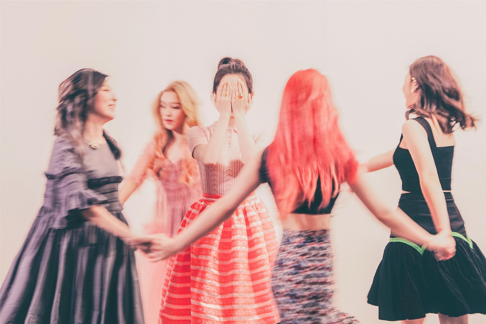 Red Velvet One Of These Nights Photo Teasers Outfits ...
