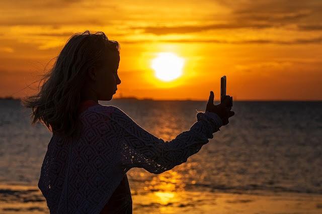 Best Sunset Travel Captions for Instagram