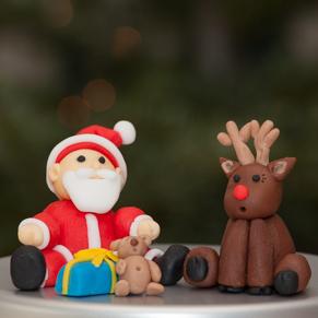 Père Noël et renne en pâte à sucre