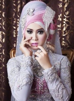 Kumpulan Model Jilbab Modern Yang Bagus Untuk Kebaya Modern