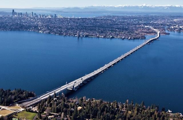 ලොව දිගම පාවෙන පාළම 😱😱😱 ( Lake Washington - SR 520 Bridge ) - Your Choice Way