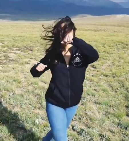 Faryal Mehmood Amazing Dance Video From Deosai Plains