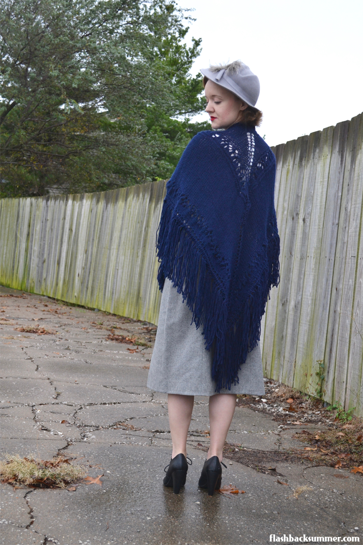 Flashback Summer: Healing in Autumn - vintage shawl warm outfit