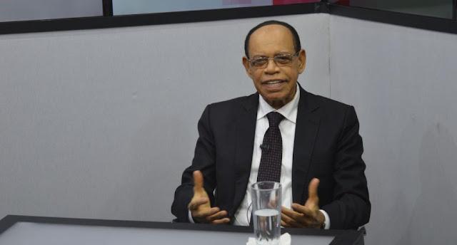 Gobierno acepta que la democracia de RD es débil por la corrupción
