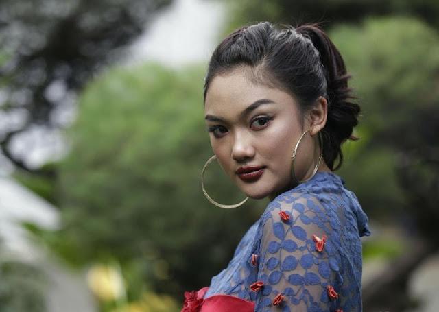 Marion Jola Pendatang Baru Terbaik AMI Awards 2018