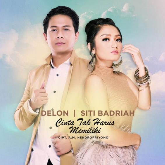 Lagu Siti Badriah Faet Delon