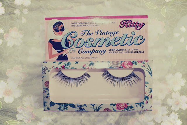 The Vintage Cosmetic Company 'Kitty' false eye lashes