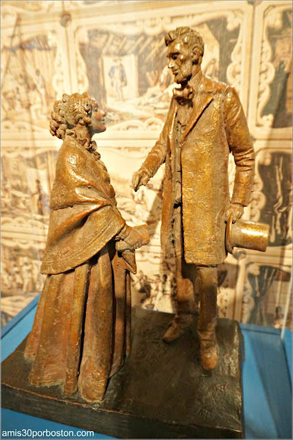 Figuras de Harriet Beecher Stowe y Abraham Lincoln en Hartford, Connecticut