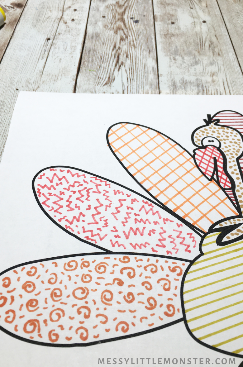 printable Thanksgiving turkey colouring page