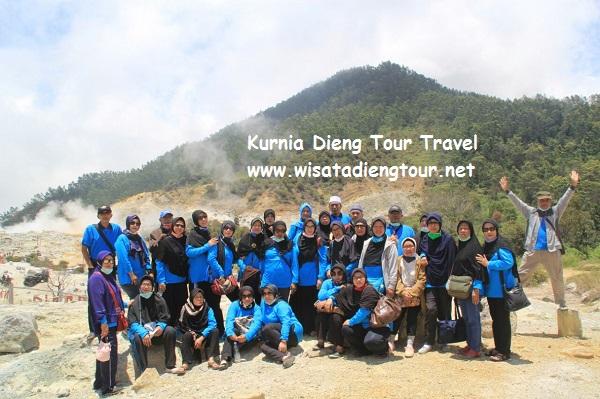 foto peserta kurnia dieng tour