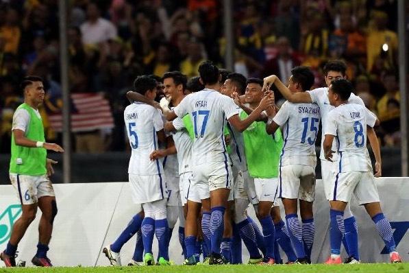 Pemain Bola Sepak Malaysia Jadi Perhatian Gara-Gara Memakai Sport Bra