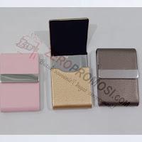 https://www.zeropromosi.com/2019/10/souvenir-kotak-kartu-nama-kulit.html