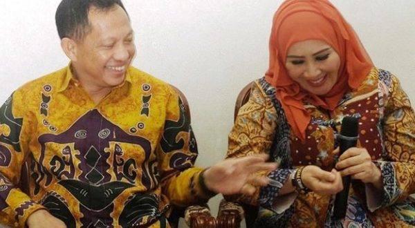 Pakai Logat Medan, Ini Surat Terbuka Untuk Bang Tito dan Wiranto