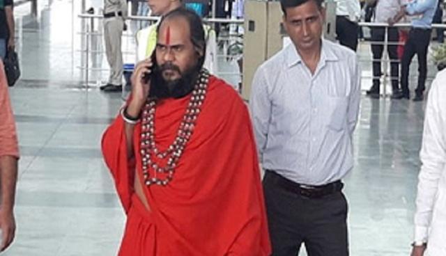 BHOPAL NEWS: दिग्विजय सिंह के प्रिय मिर्ची बाबा नजरबंद