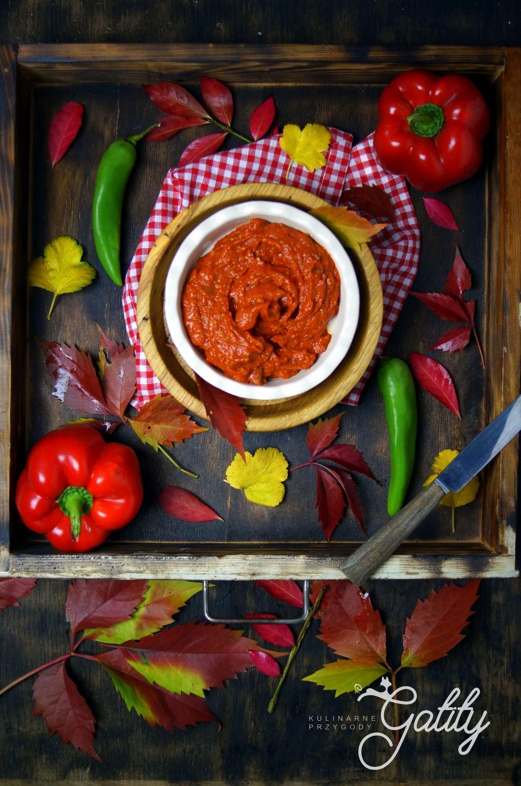 pasta-warzywna-na-desce
