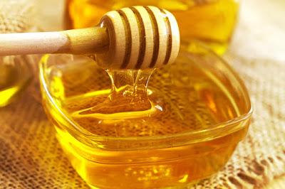 honey make your lips soft