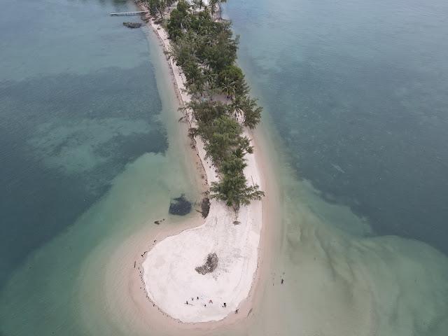 Pulau Tunjuk Batam