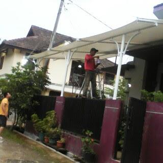 Tenda membrane untuk halaman depan rumah Tenda membrane untuk halaman depan rumah