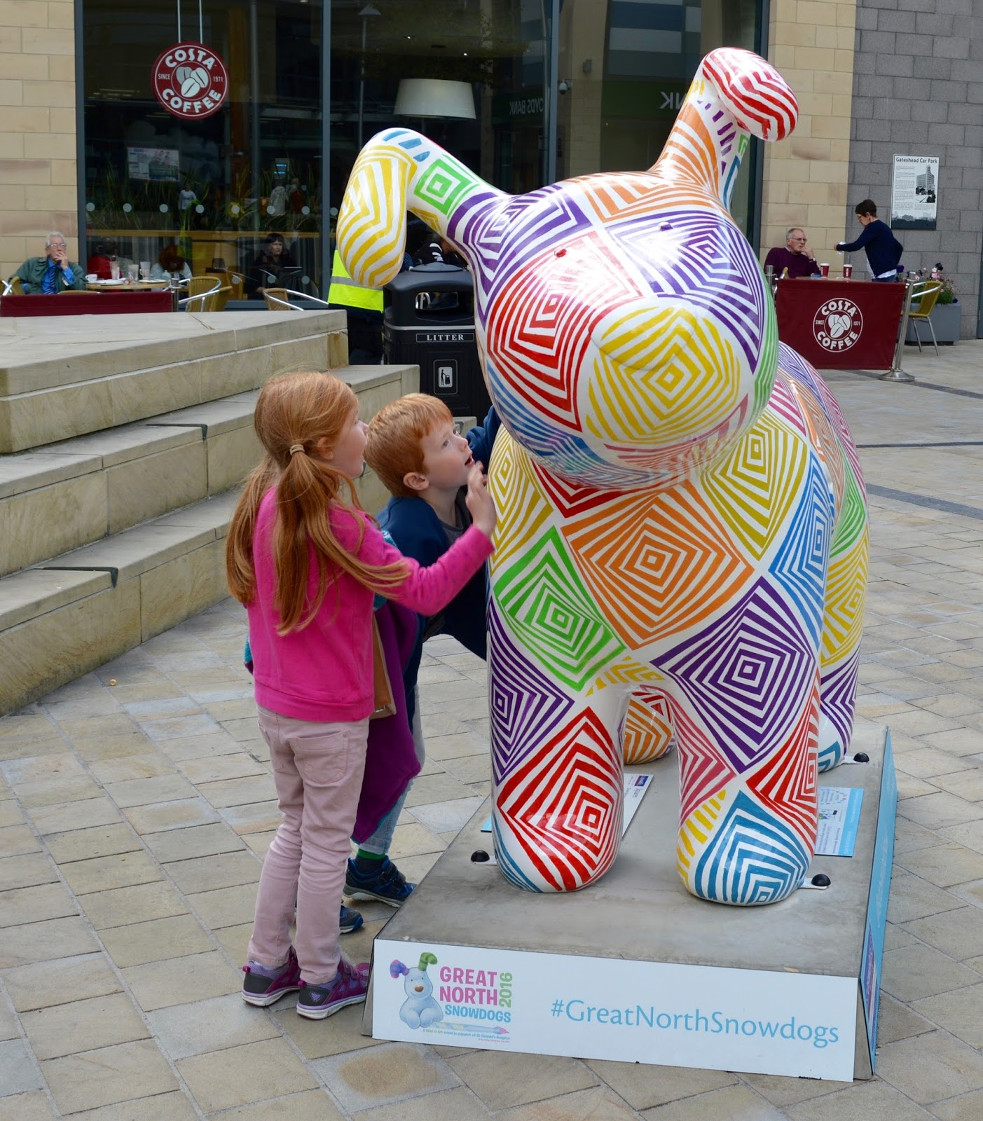 Explore the Great North Snowdogs with Tyne & Wear Metro - Squares, Trinty Square, Gateshead