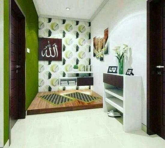 ruang sholat sederhana di dalam rumah minimalis