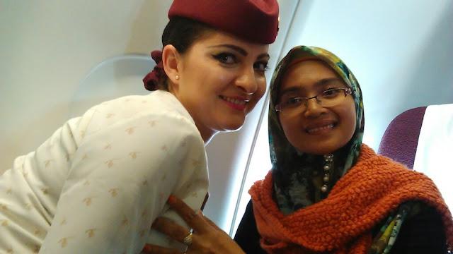 Qatar Business Class Stewardess