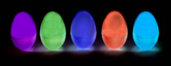 Take your Easter egg hunt to the next level this year with this simple craft tutorial for kids.  The entire family will love hunting for glow-in-the-dark Easter eggs! #glowinthedarkeasteregghunt #glowinthedarkegghunt #glowinthedarkeastereggs #glowingeasteregghunt #glowingeastereggs #glowingeggs #easteregghuntparty #easteregghunt #easteractivitieskids