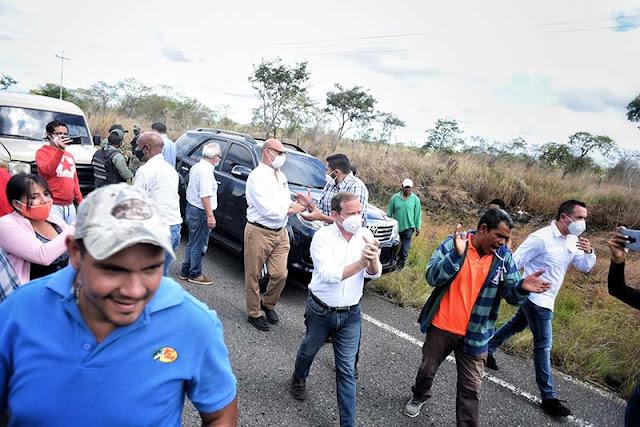 GNB INTENTÓ BLOQUEAR PASO DE DIPUTADOS OPOSITORES EN ANZOÁTEGUI