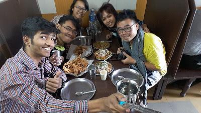 Kami siap makan di Rashtal