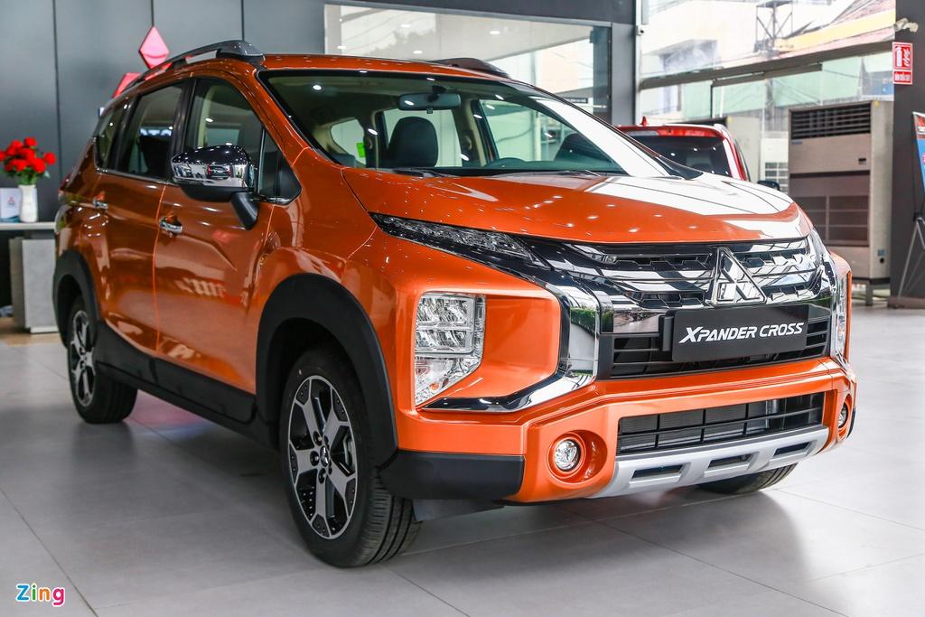 Sedan, MPV nâng gầm có thay thế được SUV thực thụ?