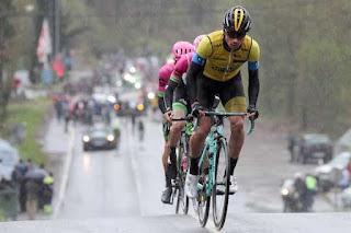 Roglic in gara con Bianchi Oltre XR4 nell'ultima tappa del Giro dei Paesi Baschi 2018