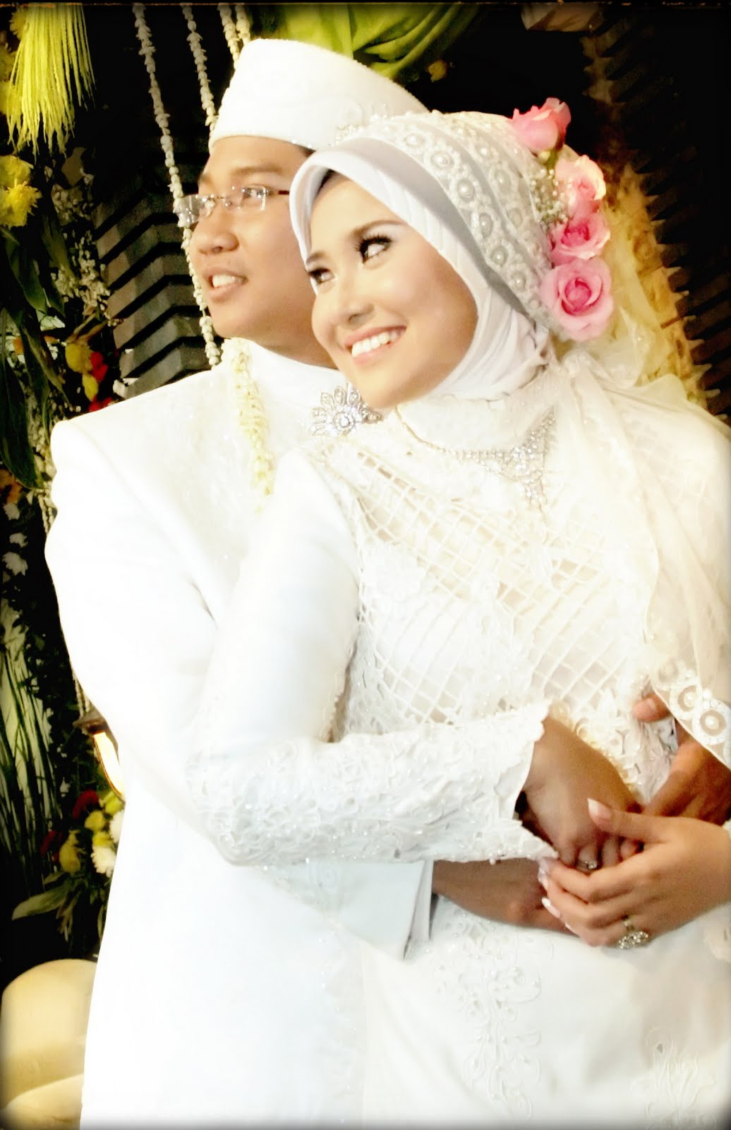Contoh FotoFoto Pernikahan Muslim  Album Wedding