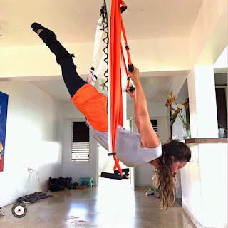 yoga aereo, aeroyoga, yoga, aero, aerial, aerien, air, formacion, certificacion, acreditacion, aeropilates, pilates aereo, certificacion yoga aereo, formacion yoga aereo