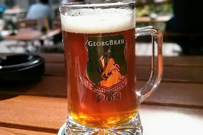 2 Days in Berlin: A stein of beer at GeorgBrau