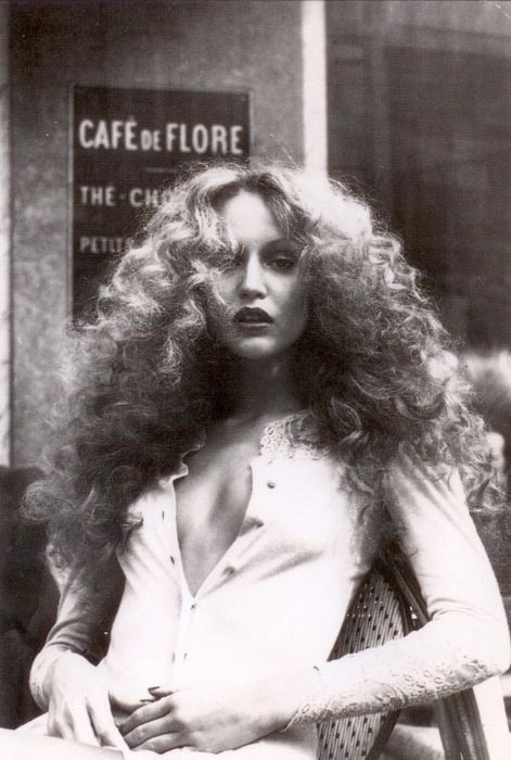 http://s-fashion-avenue.blogspot.it/2015/06/beauty-seventies-hairstyles.html
